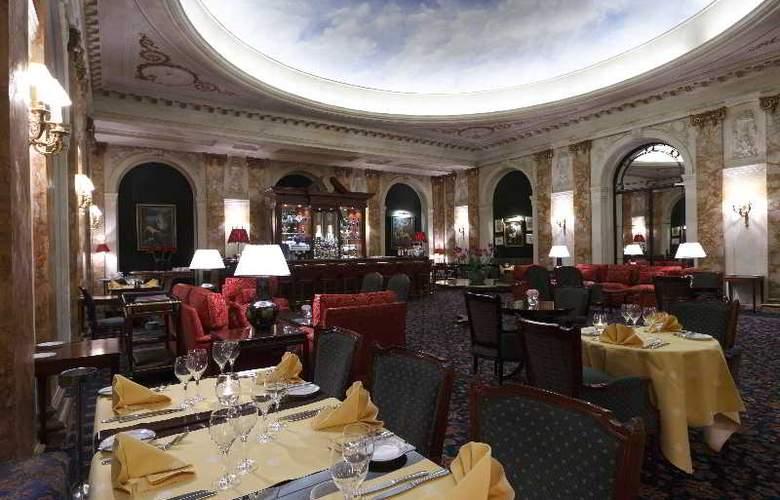 Le Plaza - Restaurant - 8