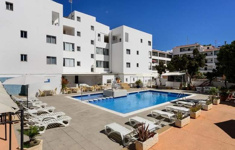 Apartamentos San Antonio Beach - Hotel - 0