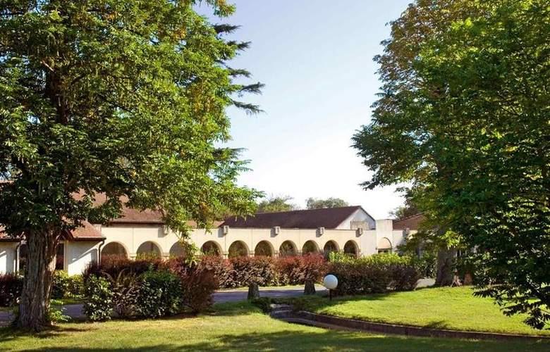 Mercure Le Coudray Montceaux Parc du Coudray - Hotel - 35
