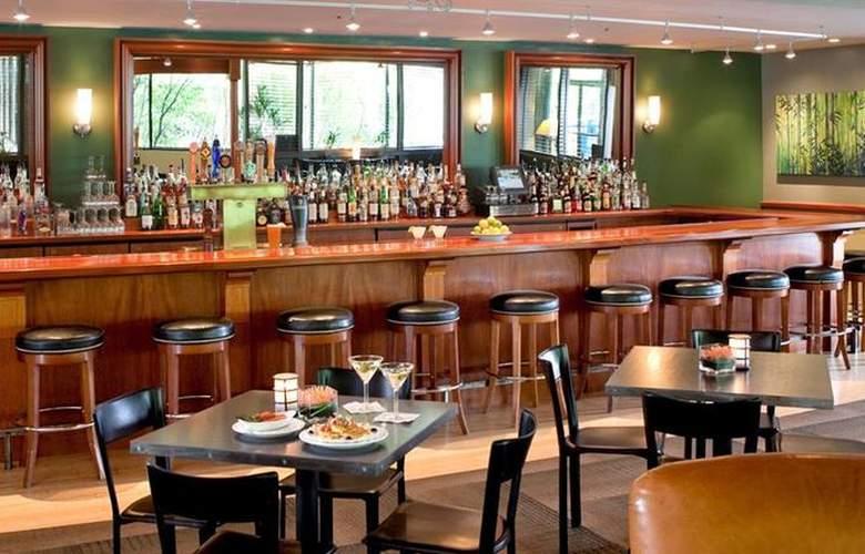 Best Western Plus Hood River Inn - Bar - 104