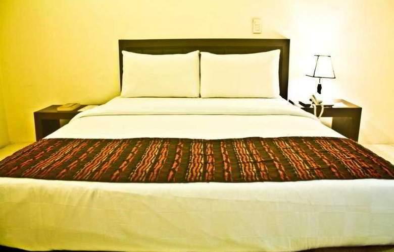 One Liberty Hotel - Room - 4