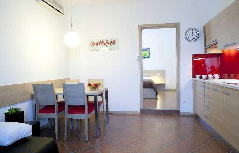 Ahotel Ljubljana - Room - 14