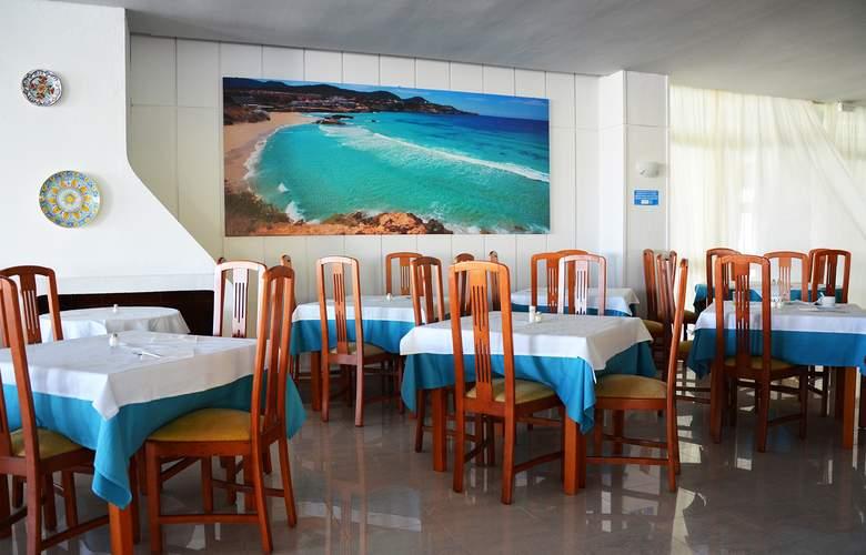 Riviera Apartamentos - Restaurant - 4
