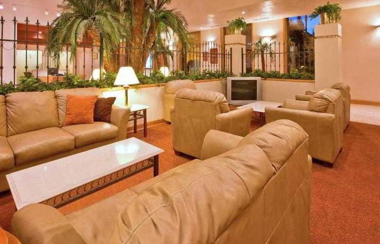 Holiday Inn Express Chihuahua - General - 18
