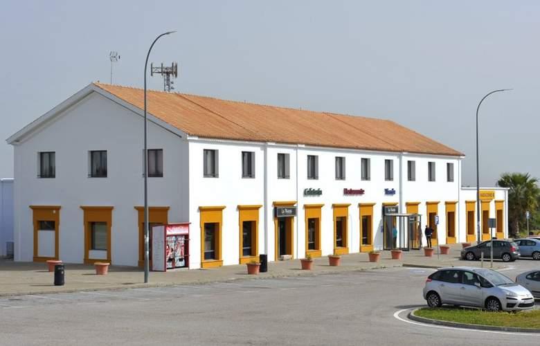 As Hoteles Chucena - Hotel - 4