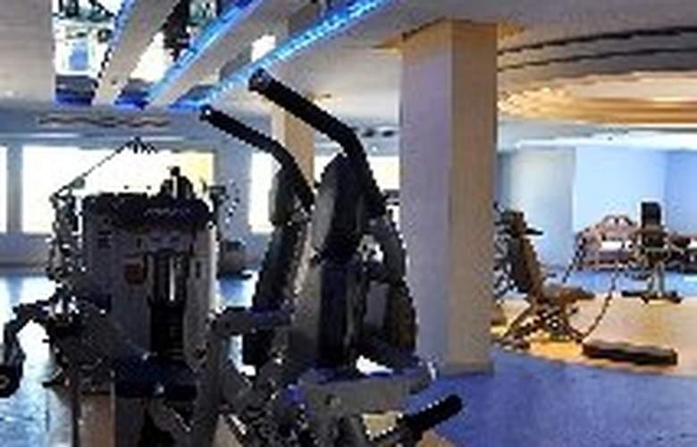 Premier Le Reve Hotel & Spa - Sport - 7
