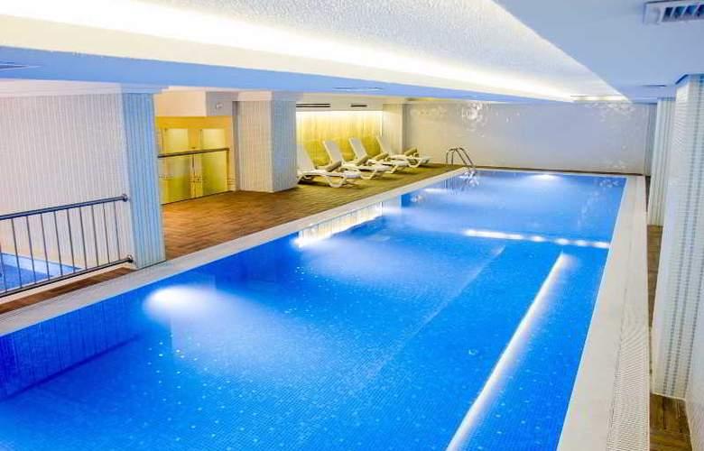 Azak Hotel Topkapi - Pool - 3