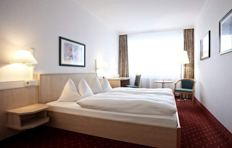 Intercity Hotel Schwerin - Room - 6