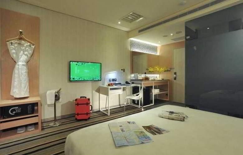 Sparkle Hotel - Room - 1