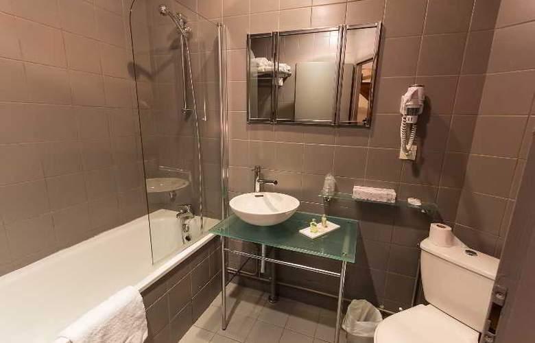 Quality Le Cervolan - Room - 4
