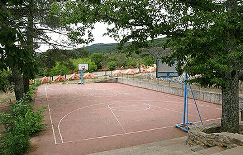 Campamento Juvenil de San Pedro de las Herrerías - Sport - 2