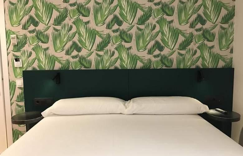 Chic & Basic Lemon Boutique Hotel - Room - 8