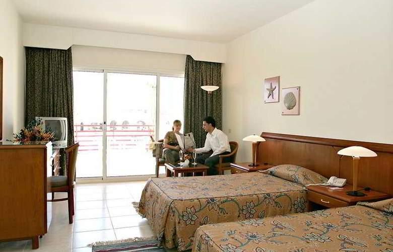 Xperience Kiroseiz Resort & Aqua Park - Room - 3