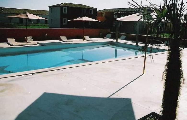 Le Milos - Pool - 2