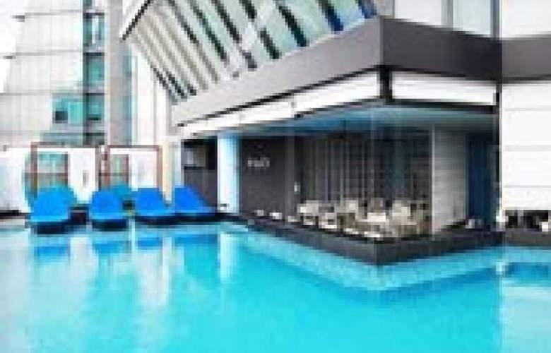 The Continent Hotel Bangkok - Pool - 23