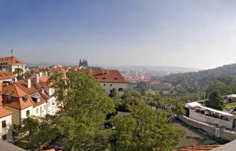 Monastery Garden - Hotel - 13