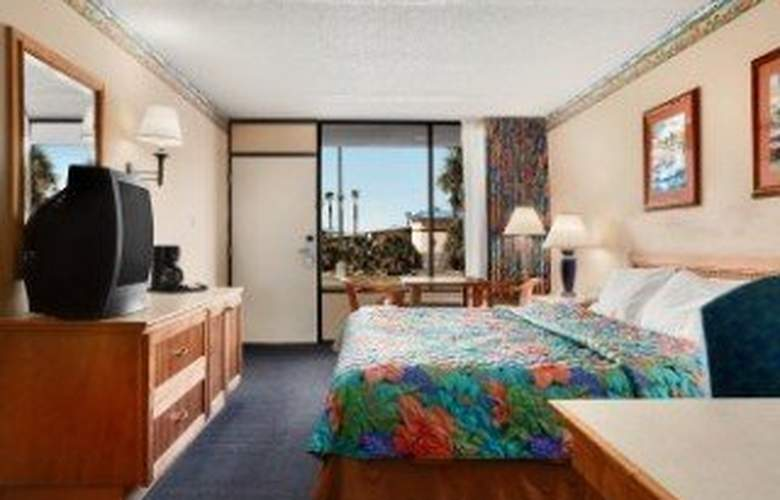 Days Inn and Suites Davenport - Room - 4