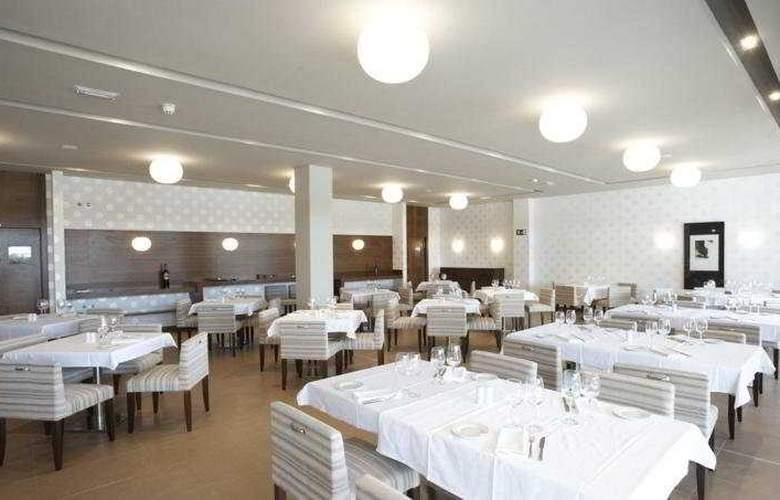 Spa Attica 21 Villalba - Restaurant - 9