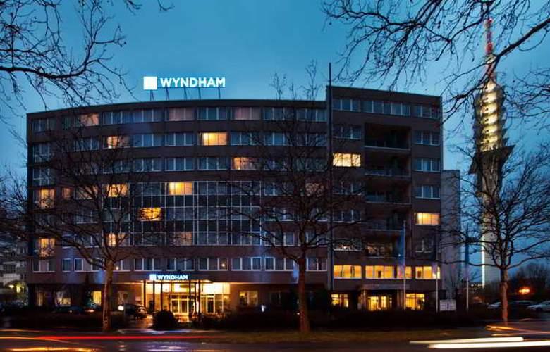 Windham Hannover Atrium - General - 2