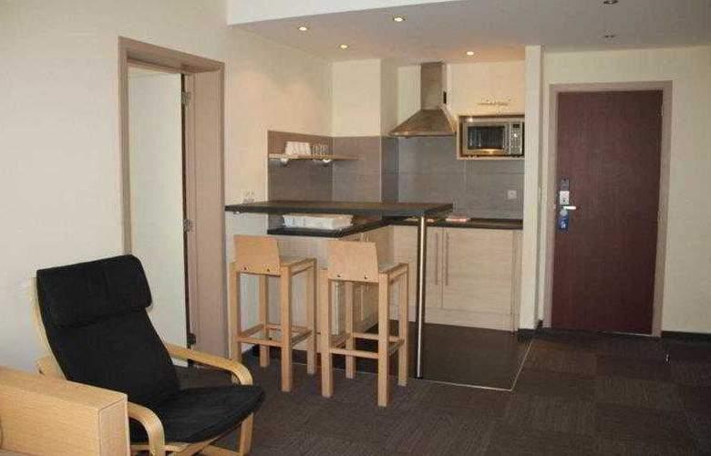 BEST WESTERN PLUS Hotel Casteau Resort Mons - Hotel - 8