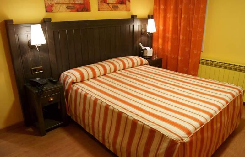 Viella - Room - 4