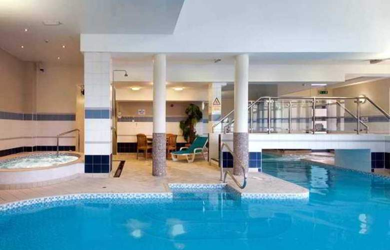 Hilton Leeds City - Pool - 3
