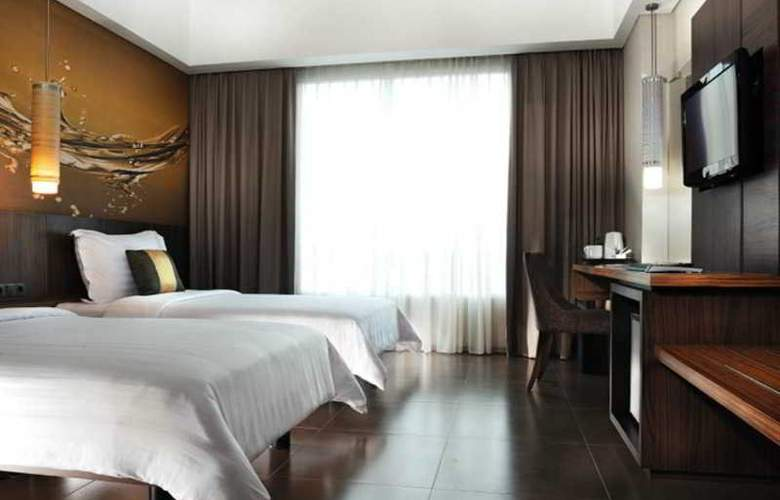 Aston Primera Pasteur Hotel & Conference Center - Room - 12