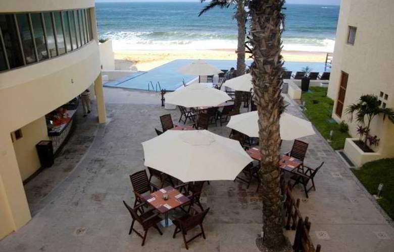 Torrenza Boutique Resort - Terrace - 12