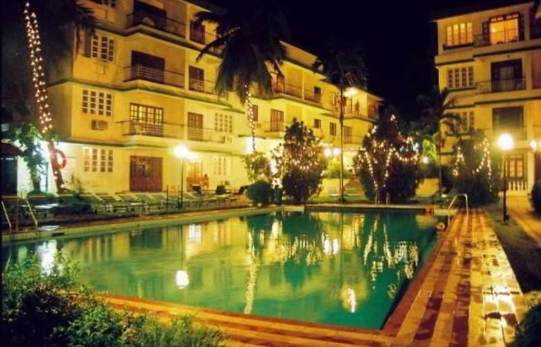 Prazeres Resort - Pool - 8