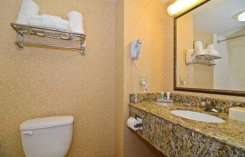 Best Western Executive Inn & Suites - Hotel - 30