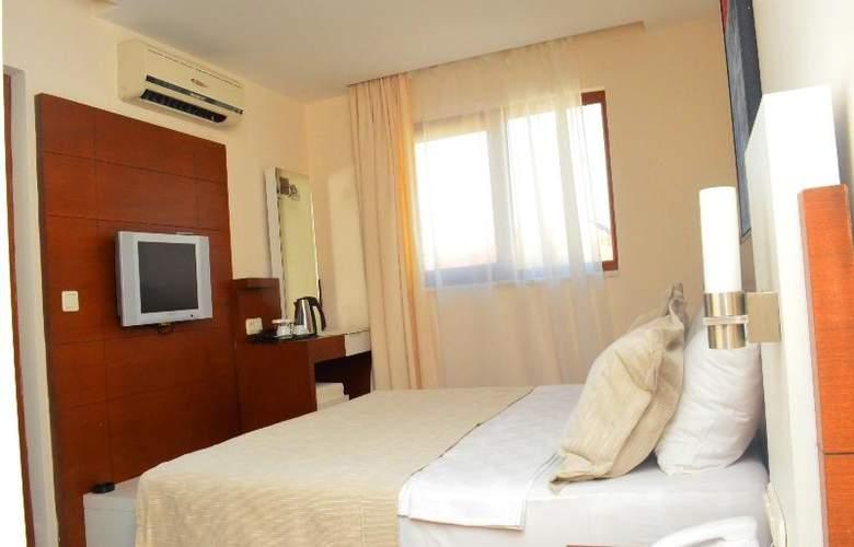Sunbird Apart Hotel - Room - 22