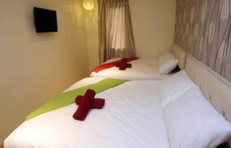 The Green Hotel Taman Maluri - Room - 10