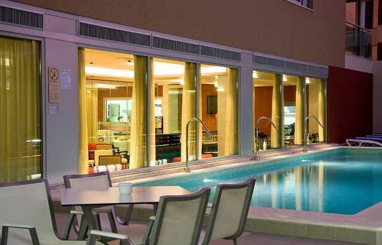 Montegordo Hotel Apartamentos & Spa - Pool - 12