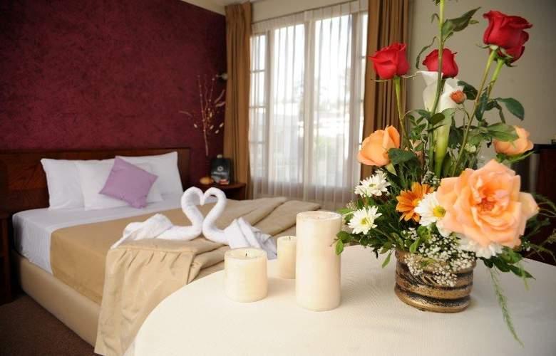 Maison Du Soleil - Room - 4