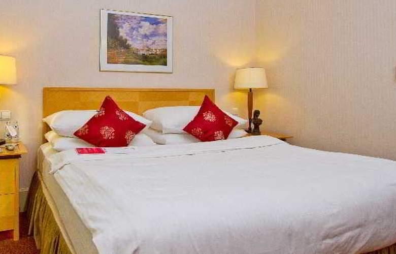 Ramada Plaza Astana Hotel - Room - 5