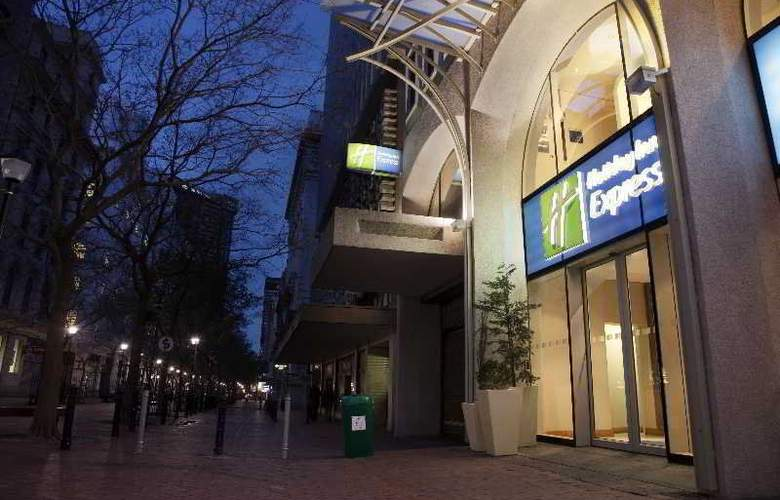 Holiday Inn Express Cape Town - Hotel - 6