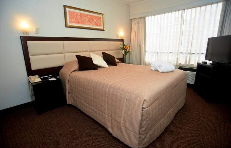 Roosevelt Hotel & Suites - Room - 4