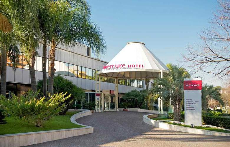 Mercure Roma West - Hotel - 73