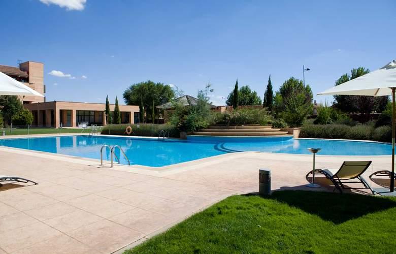 Intur Alcazar de San Juan - Pool - 25