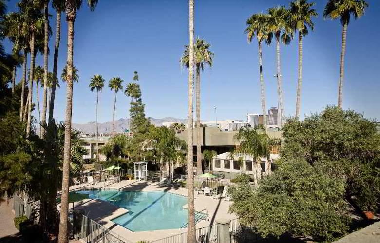 Riverpark Inn - Hotel - 0