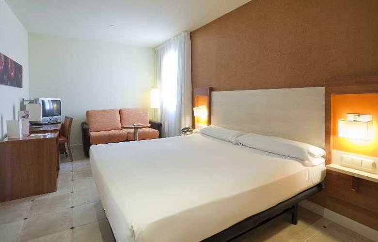Ilunion Fuengirola - Room - 11