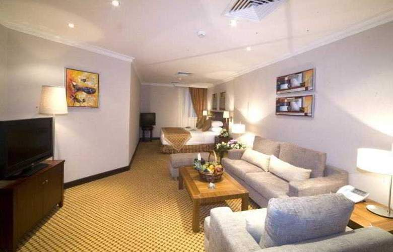 Golden Tulip Al Khobar - Room - 11