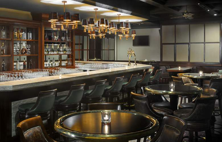 Ramada by Wyndham Jumeirah - Bar - 4