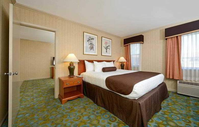 Best Western Plus Executive Suites - Hotel - 11