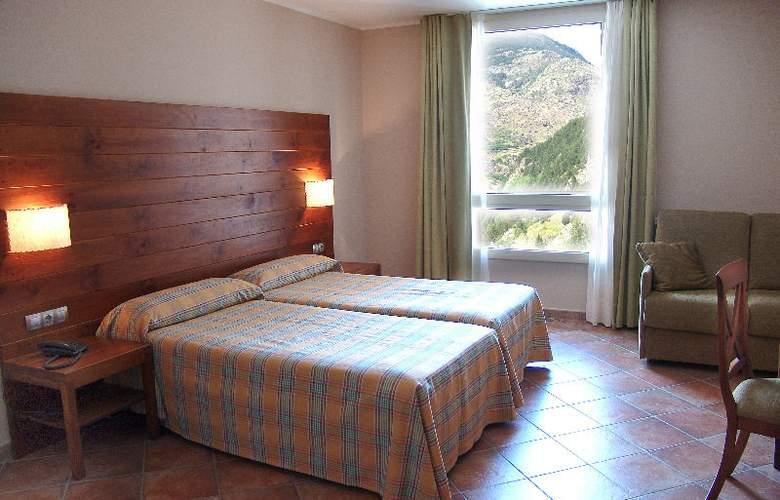 AJ Hotel & Spa - Room - 4