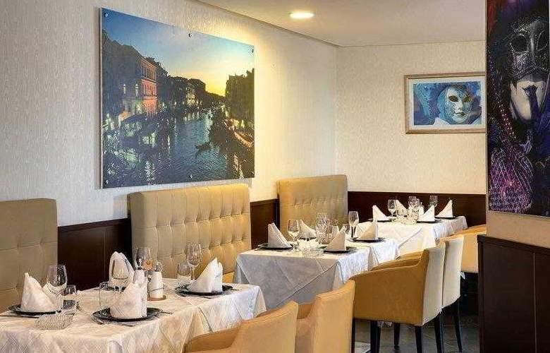 Best Western Plus Liberte Hotel - Hotel - 12