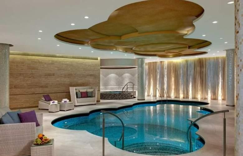 Waldorf Astoria Berlin - Pool - 13
