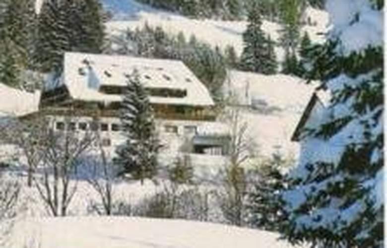 Schwarzwaldhotel Sonnenhof - Hotel - 0