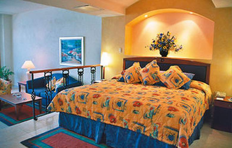 Casa Real Hotel & Suites - Room - 0