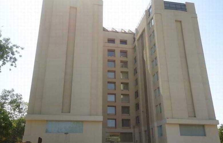 Fortune Park Ahmedabad - Hotel - 0